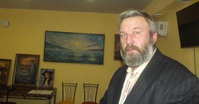 В Кырене прошла выставка художника Павла Вильчинского